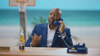 Corona Extra TV Spot, 'Bracket Problems' Featuring Tony Romo, Kenny Smith - Thumbnail 4