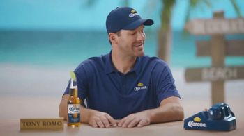 Corona Extra TV Spot, 'Bracket Problems' Featuring Tony Romo, Kenny Smith - Thumbnail 7