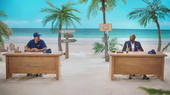 Corona Extra TV Spot, 'Bracket Problems' Featuring Tony Romo, Kenny Smith - Thumbnail 9