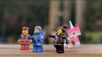 LEGOLAND TV Spot, 'The LEGO Movie World: Two Free Days' Song by Offenbach - Thumbnail 5