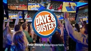 Dave and Buster's 10 Wings for $8.99 TV Spot, 'Sitting Barside' - Thumbnail 8