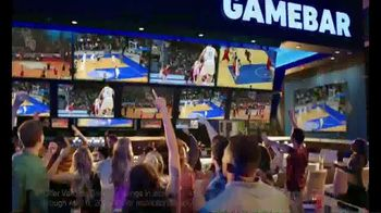 Dave and Buster's 10 Wings for $8.99 TV Spot, 'Sitting Barside' - Thumbnail 7