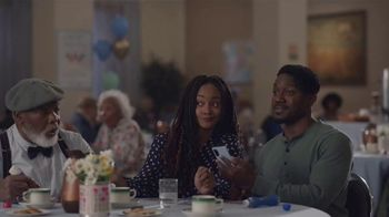 AT&T Wireless TV Spot, 'Bingo: $10' Featuring Steve Harvey - Thumbnail 6