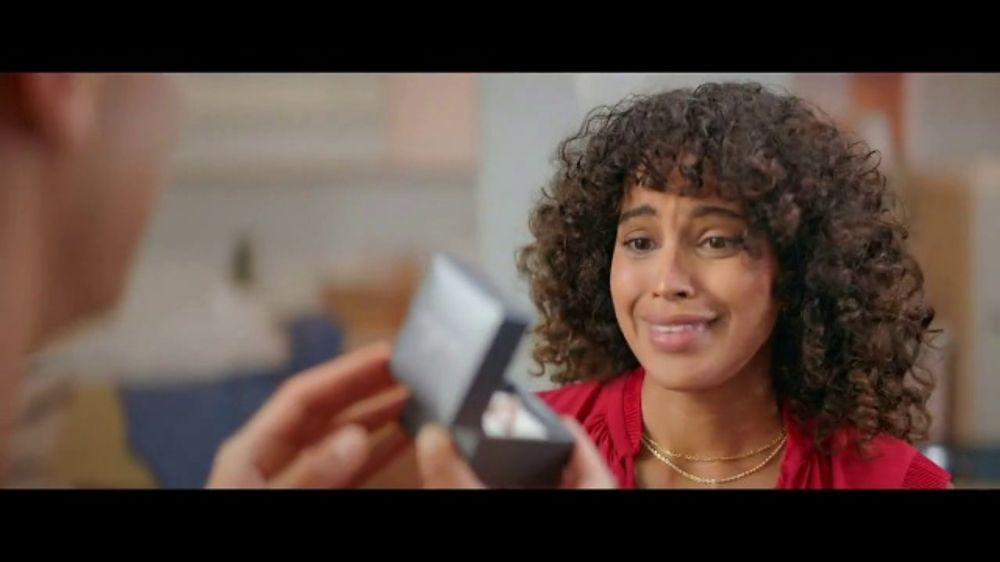 Kay Jewelers TV Commercial, 'OMG Yes: 20 to 40 Percent Off' Song by Harriet Whitehead