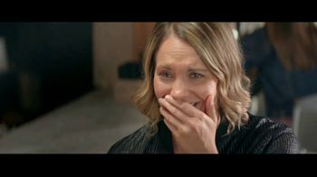 Kay Jewelers TV Spot, 'OMG Yes: 20 to 40 Percent Off' Song by Harriet Whitehead - Thumbnail 2