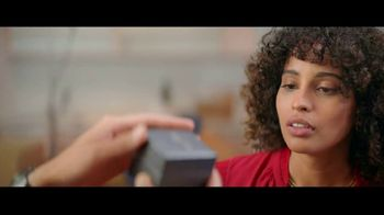 Kay Jewelers TV Spot, 'OMG Yes: 20 to 40 Percent Off' Song by Harriet Whitehead - Thumbnail 4