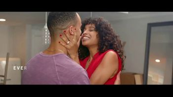 Kay Jewelers TV Spot, 'OMG Yes: 20 to 40 Percent Off' Song by Harriet Whitehead - Thumbnail 8