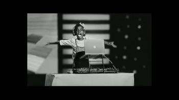 Apple Mac TV Spot, 'Behind the Mac: International Women's Day' Song by Beyonce - Thumbnail 10
