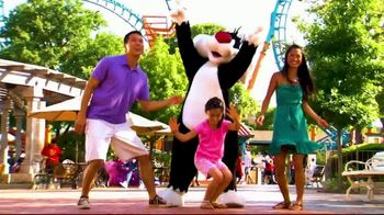 Six Flags Spring Break Sale TV Spot, 'Out of the Ordinary: Save Up to $30' - Thumbnail 8