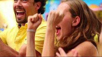 Six Flags Spring Break Sale TV Spot, 'Out of the Ordinary: Save Up to $30' - Thumbnail 4