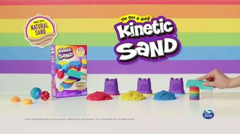 Kinetic Sand Rainbow Mix Set TV Spot, 'Rainbow Surprises' - Thumbnail 10
