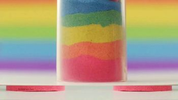 Kinetic Sand Rainbow Mix Set TV Spot, 'Rainbow Surprises' - Thumbnail 6
