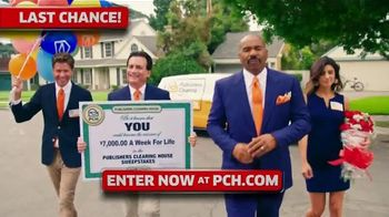 Publishers Clearing House TV Spot, '$7,000 a Week: Last Chance' Featuring Steve Harvey - Thumbnail 4