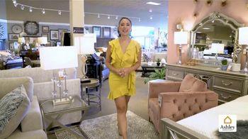 Ashley HomeStore Venta de Easter TV Spot, 'Hasta 35 por ciento de descuento' [Spanish] - Thumbnail 1