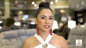 Ashley HomeStore Venta de Easter TV Spot, 'Alegría y comodidad' [Spanish] - Thumbnail 6