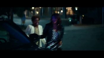 2020 Ford Explorer TV Spot, 'Leading Lady: Born to Roll' Featuring Nicole Ari Parker, Song by Alex Yoma [T2] - Thumbnail 5