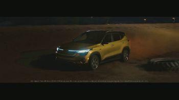 2021 Kia Seltos TV Spot, 'Night Track' [T1] - Thumbnail 6
