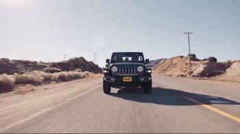 Hertz TV Spot, 'Extra Mile: Road Trip' - Thumbnail 1