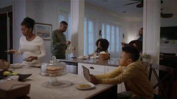 Universal Orlando Resort TV Spot, 'Let Yourself Woah: Family Meeting' Featuring Kenan Thompson - Thumbnail 1