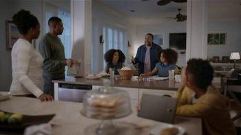 Universal Orlando Resort TV Spot, 'Let Yourself Woah: Family Meeting' Featuring Kenan Thompson - Thumbnail 5