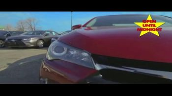 Major World TV Spot, 'Over 3,000 Cars' - Thumbnail 4