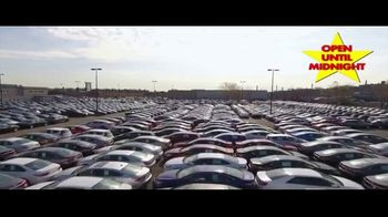 Major World TV Spot, 'Over 3,000 Cars' - Thumbnail 7