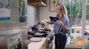 Metro by T-Mobile TV Spot, 'Bravo: Top Chef Family Connections' Featuring Brooke Williamson - Thumbnail 5