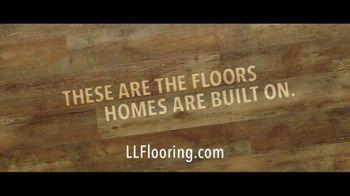 Lumber Liquidators TV Spot, 'Bellawood Distressed Oak Floor' Song by Electric Banana - Thumbnail 6