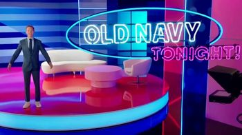Old Navy TV Spot, '¿Qué es mejor que fleece?: 40 por ciento' con Neil Patrick Harris [Spanish] - Thumbnail 1