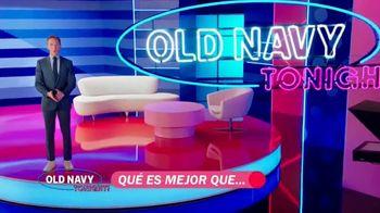 Old Navy TV Spot, '¿Qué es mejor que fleece?: 40 por ciento' con Neil Patrick Harris [Spanish] - Thumbnail 2