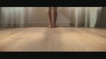 Lumber Liquidators TV Spot, 'Bellawood Distressed Oak Floors: No Interest Financing' Song by Electric Banana - Thumbnail 7