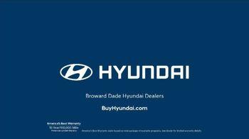 Hyundai TV Spot, 'South Florida Knows' [T2] - Thumbnail 9