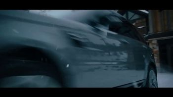 Land Rover Own the Adventure Sales Event TV Spot, 'Play Harder' Featuring Mikaela Shiffrin [T2] - Thumbnail 3