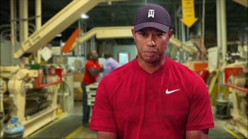 Bridgestone Golf Tour B Golf Balls TV Spot, 'Superior Products' Featuring Tiger Woods - Thumbnail 2