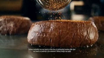 Outback Steakhouse TV Spot, 'Curbside Takeaway and Delivery' - Thumbnail 4