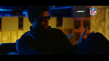 Bose TV Spot, 'Headphones On, Head Up' Featuring Russell Wilson - Thumbnail 9