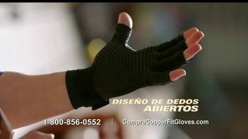 Copper Fit Compression Gloves TV Spot, 'Cuando te duelen las manos' [Spanish] - Thumbnail 6