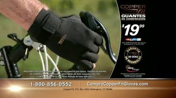 Copper Fit Compression Gloves TV Spot, 'Cuando te duelen las manos' [Spanish] - Thumbnail 9