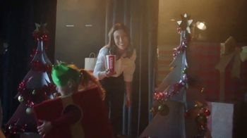 Denny's TV Spot, 'Holidays: December Free Delivery' - Thumbnail 4