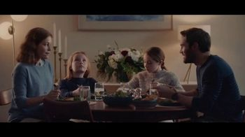 Lexus December To Remember Sales Event TV Spot, 'The Bow Shuffle' [T1] - Thumbnail 4