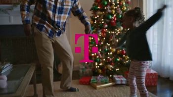 T-Mobile TV Spot, 'Holidays: Four iPhone 11s' - Thumbnail 1