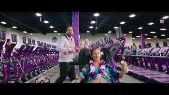 Planet Fitness TV Spot, 'All the Perks: December' - Thumbnail 3