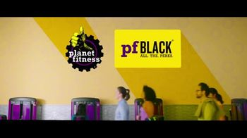 Planet Fitness TV Spot, 'All the Perks: December' - Thumbnail 4