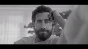 Calvin Klein Eternity TV Spot, 'Nueva intensidad' con Jake Gyllenhaal [Spanish] - 138 commercial airings