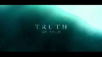 Apple TV+ TV Spot, 'Truth Be Told' - Thumbnail 9