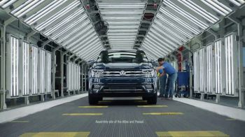 Volkswagen Sign Then Drive Event TV Spot, 'Ben: The People Behind the Car' [T2] - Thumbnail 4