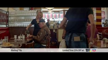 GreatCall Holiday Savings TV Spot, 'Jitterbug flip: Dad' - Thumbnail 2