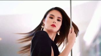 CHI Lava Styling Iron TV Spot, 'Straight Look Without Damage' Featuring Catriona Gray - 4 commercial airings