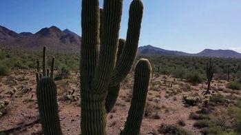 Bank of America Premium Rewards Visa Card TV Spot, 'Scottsdale' Featuring Lee Abbamonte