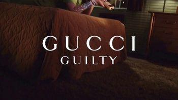 Gucci Guilty TV Spot, 'Siempre culpable' con Jared Leto, Lana Del Rey, canción de Link Wray & The Wraymen [Spanish] - Thumbnail 1